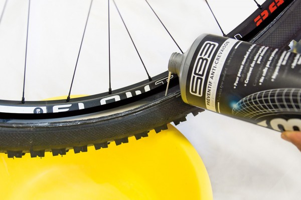 préventif tubeless SB3 montage jante easy latex sealant