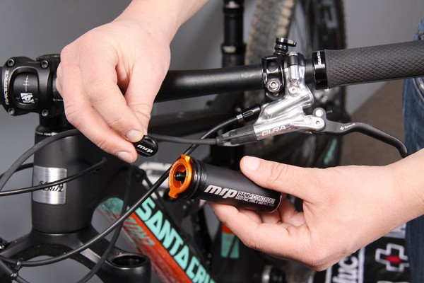 tutto montage cartouche upgrade pour rockshox sram ramp control rs pike boost