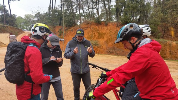 journée test santacuz essai Santa Cruz Hightower 27,5+ Dan Roblin vélo en pays dignois
